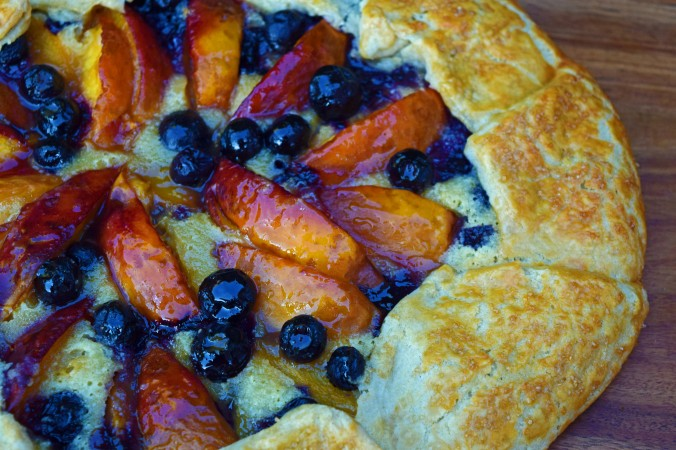 Nectarine blueberry crostata