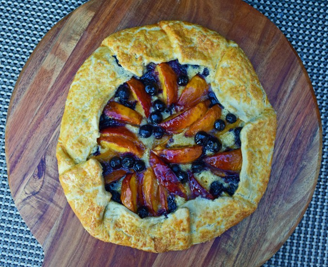 Nectarine blueberry crostata2