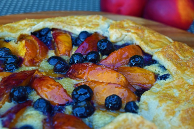 Nectarine blueberry crostata4