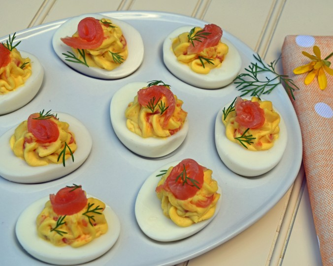 Smoked salmon devilled eggs2
