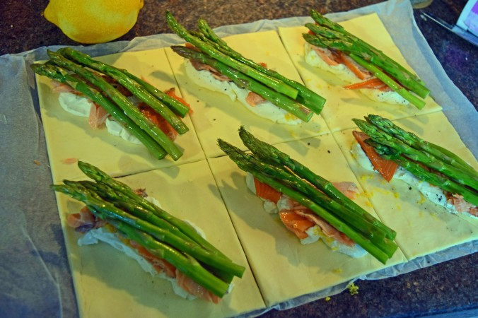 Salmon and asparagus parcels