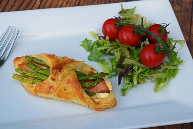 Salmon & asparagus bundle1
